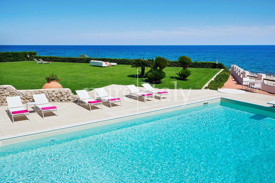 Seafront Family friendly villas near Syracuse | Pure Italy - 13