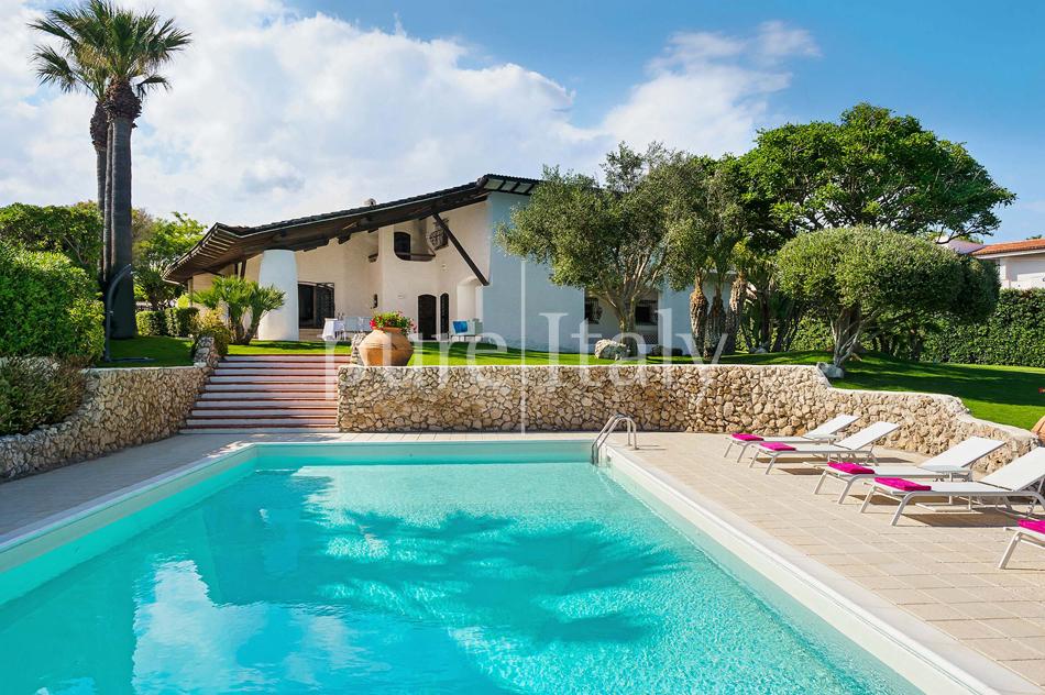 Seafront Family friendly villas near Syracuse | Pure Italy - 19
