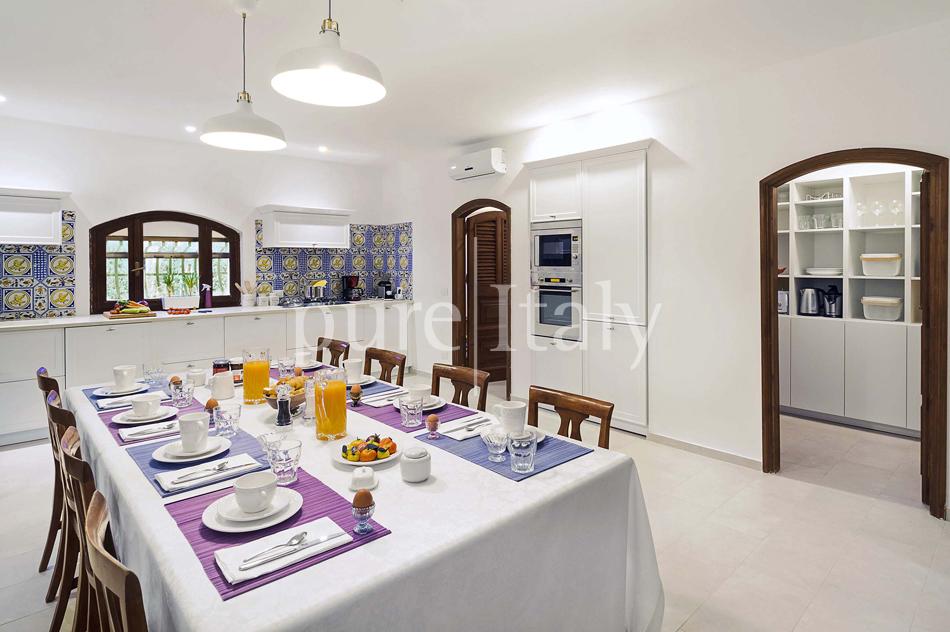 Seafront Family friendly villas near Syracuse | Pure Italy - 41