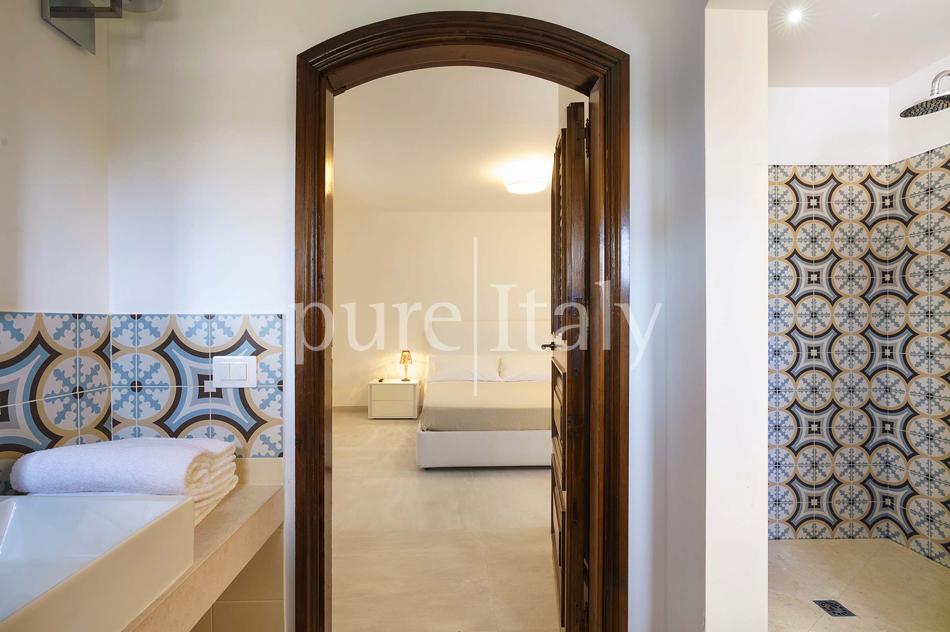 Seafront Family friendly villas near Syracuse | Pure Italy - 56