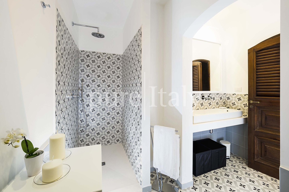 Seafront Family friendly villas near Syracuse | Pure Italy - 60