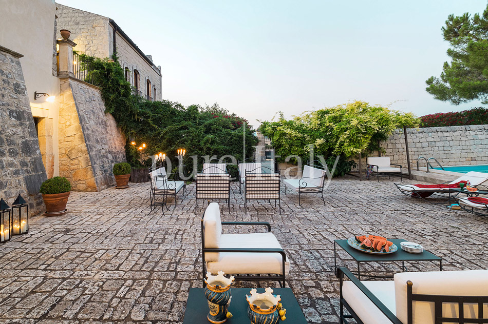 Holiday villas with pool, southeast of Sicily | Pure Italy - 11