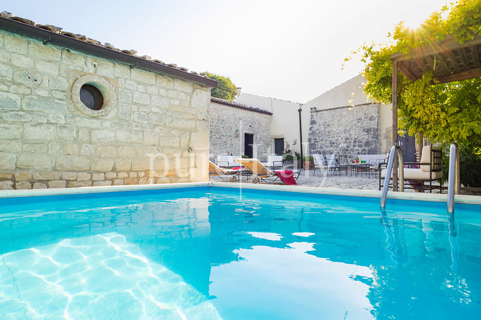 Holiday villas with pool, southeast of Sicily | Pure Italy - 15