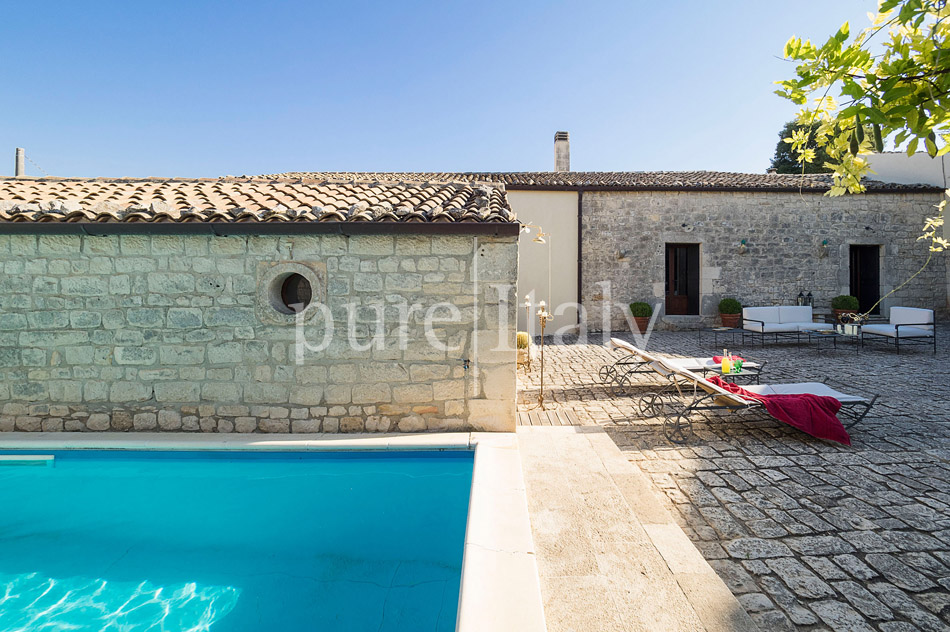 Holiday villas with pool, southeast of Sicily | Pure Italy - 16