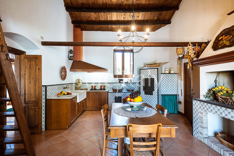 Holiday villas with pool, southeast of Sicily | Pure Italy - 30
