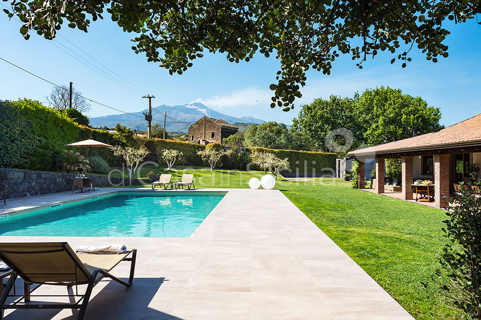 Viagrande Sicily Luxury Villa with Pool for rent on Mount Etna - 4