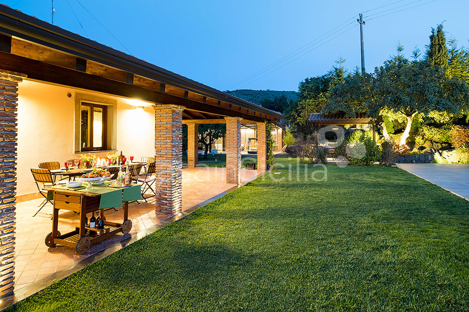 Viagrande Sicily Luxury Villa with Pool for rent on Mount Etna - 55