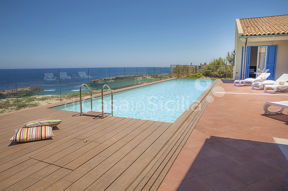 Villa Ala Seafront Villa with Pool for rent in Augusta Sicily - 11