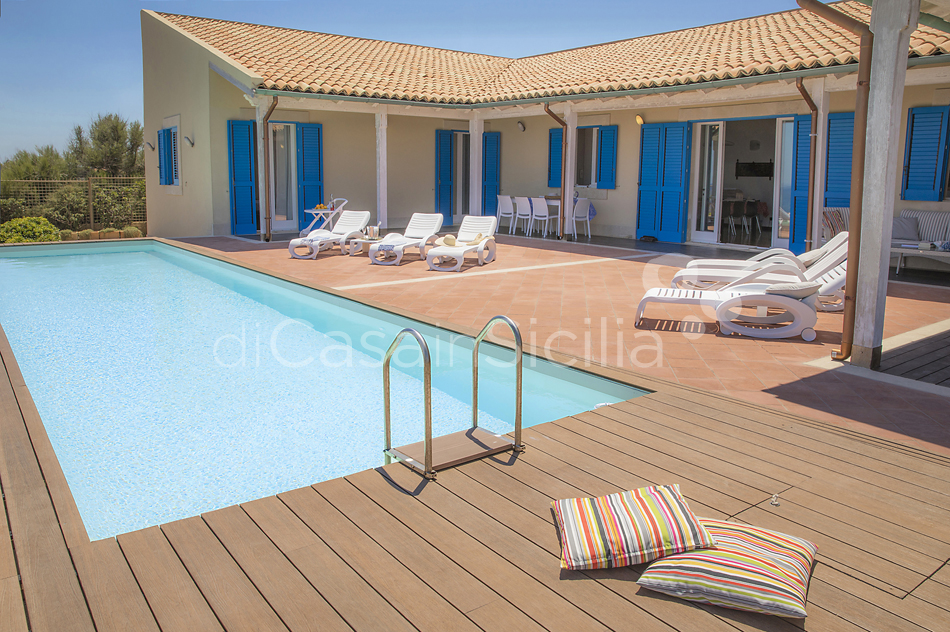 Villa Ala Seafront Villa with Pool for rent in Augusta Sicily - 12