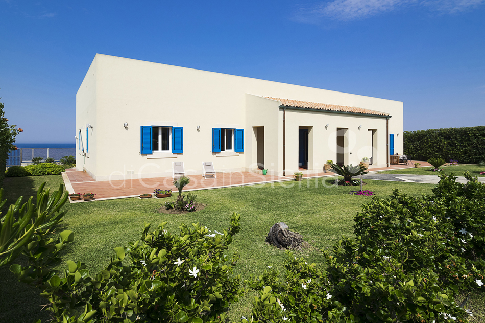 Villa Ala Seafront Villa with Pool for rent in Augusta Sicily - 18