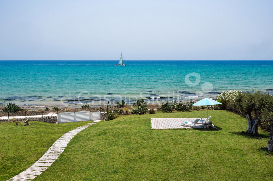 Blumarine Luxury Seafront Villa with Pool for rent near Modica Sicily - 6