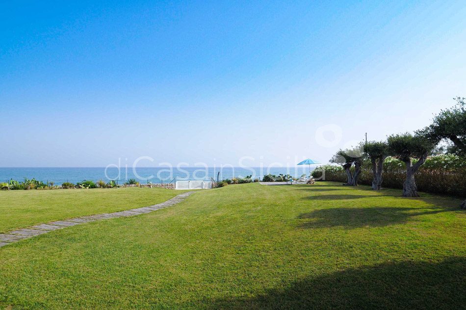 Blumarine Luxury Seafront Villa with Pool for rent near Modica Sicily - 7
