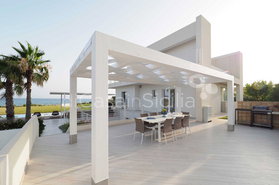 Blumarine Luxury Seafront Villa with Pool for rent near Modica Sicily - 8