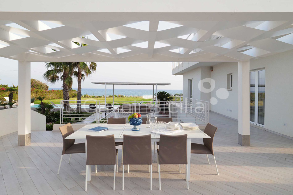 Blumarine Luxury Seafront Villa with Pool for rent near Modica Sicily - 11