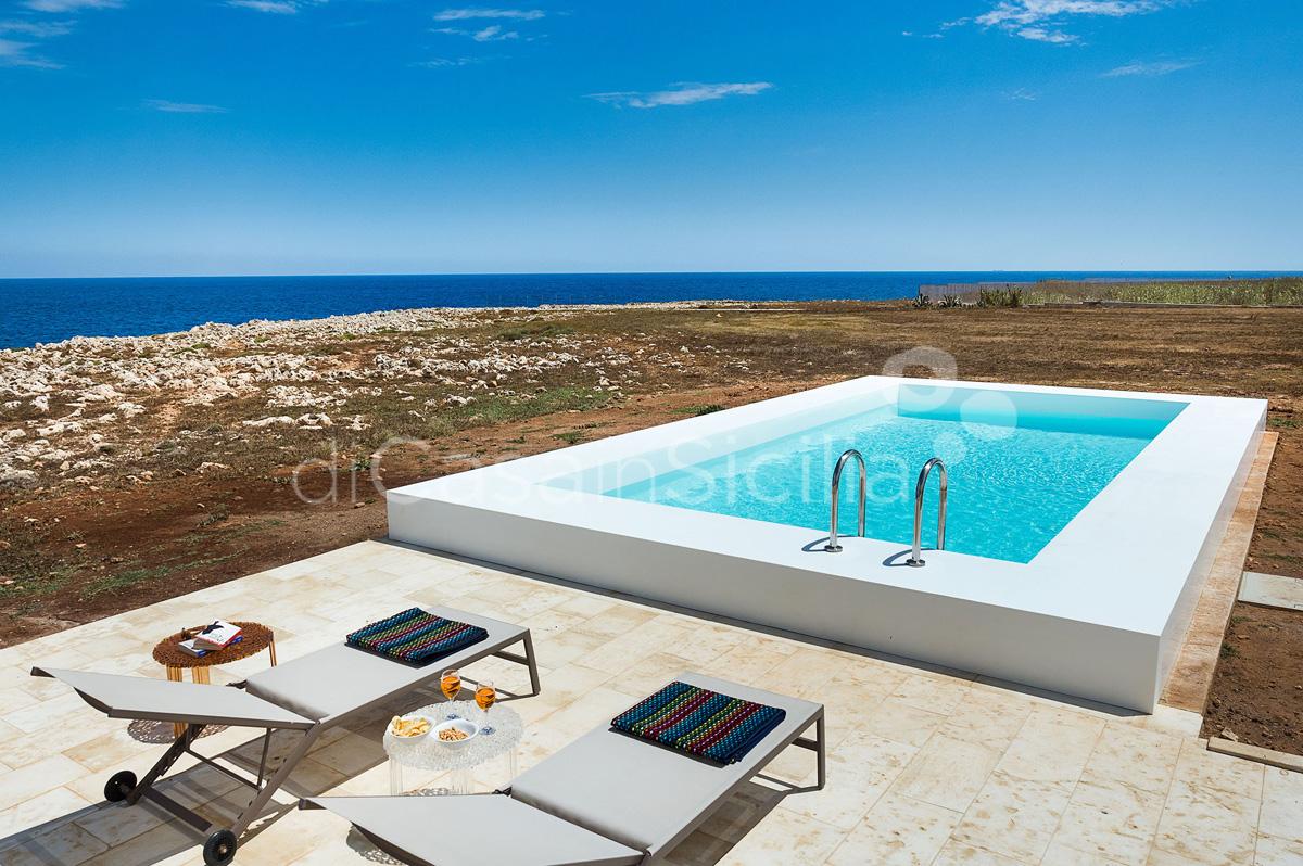Villa Capo Passero Luxusvilla mit Pool direkt am Meer in Portopalo Sizilien - 1