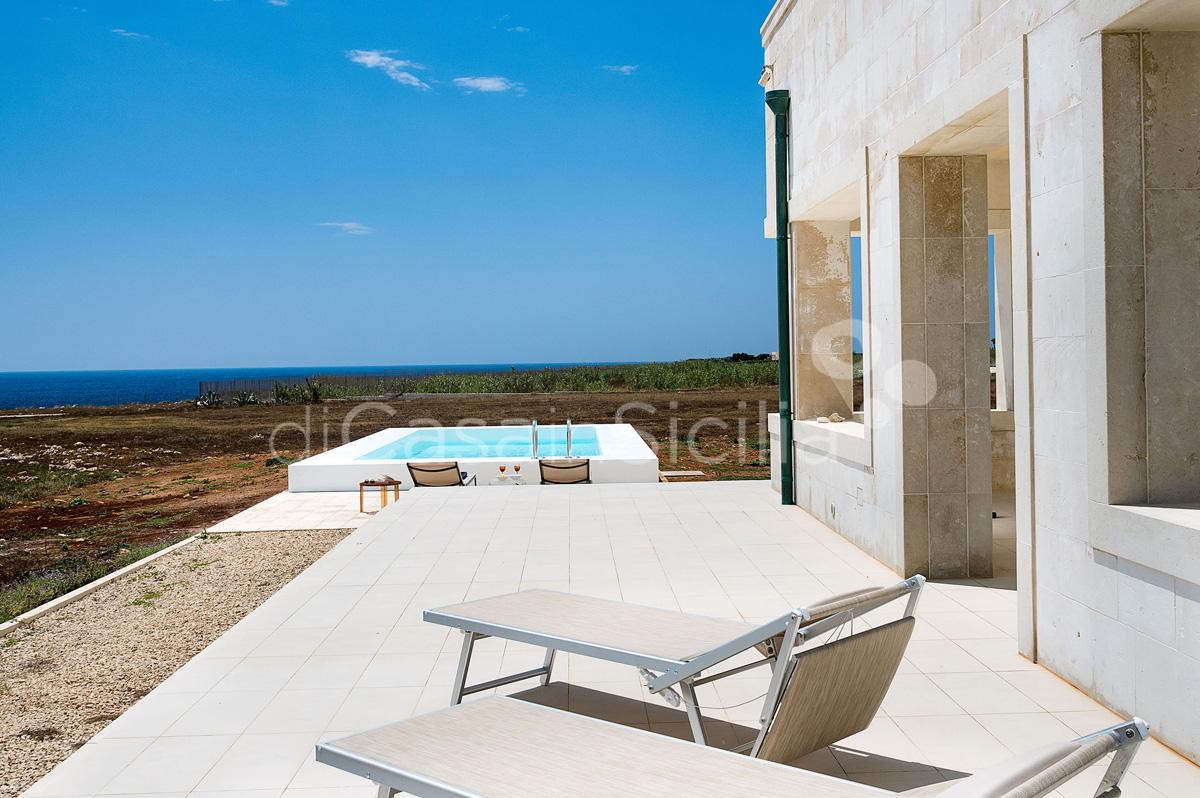 Villa Capo Passero Luxusvilla mit Pool direkt am Meer in Portopalo Sizilien - 3