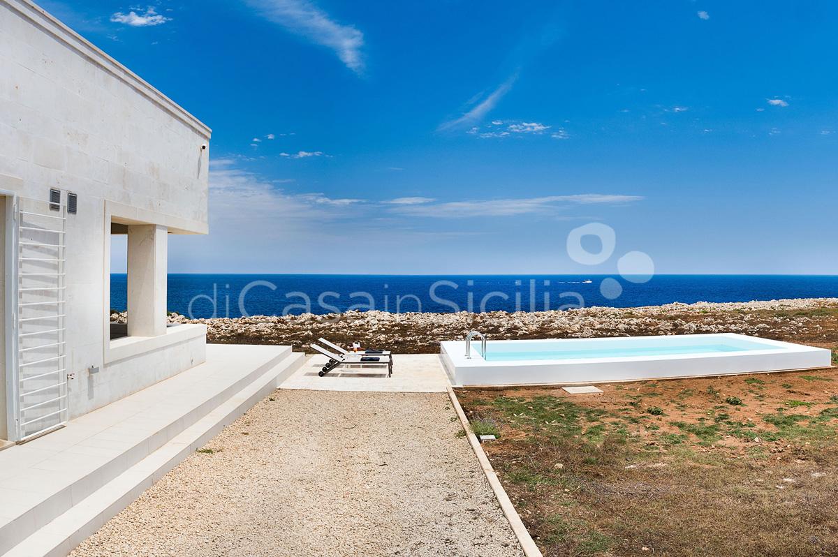 Villa Capo Passero Luxusvilla mit Pool direkt am Meer in Portopalo Sizilien - 8