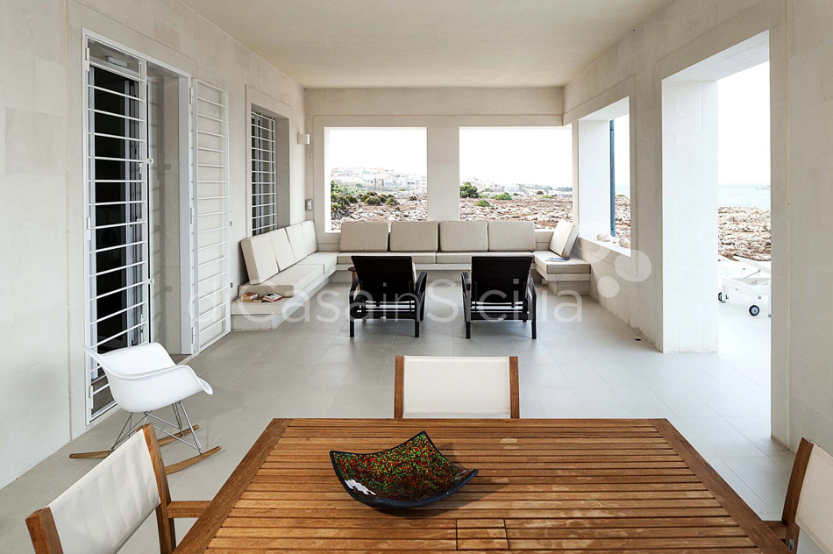 Villa Capo Passero Luxusvilla mit Pool direkt am Meer in Portopalo Sizilien - 17