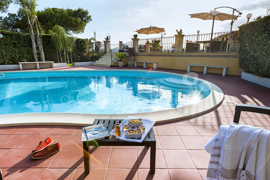 Villa Carolina Family Villa Rental with Pool with Hot Tub Noto Sicily - 14