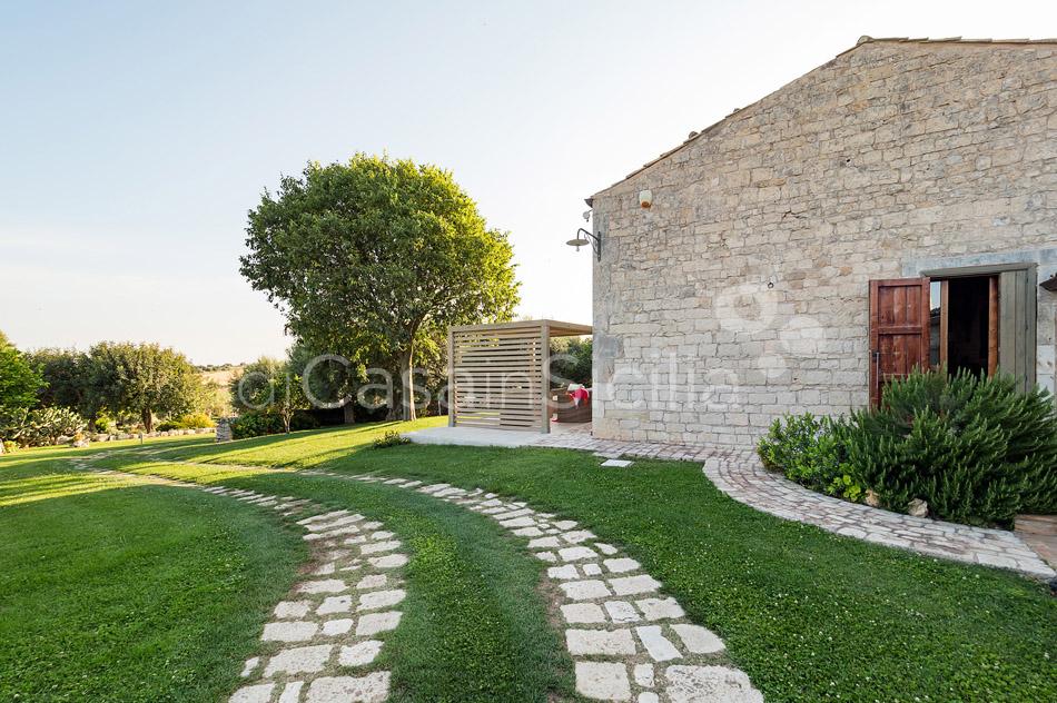 Villa Cava Sicily Villa Rental with Pool in the Countryside Noto - 11
