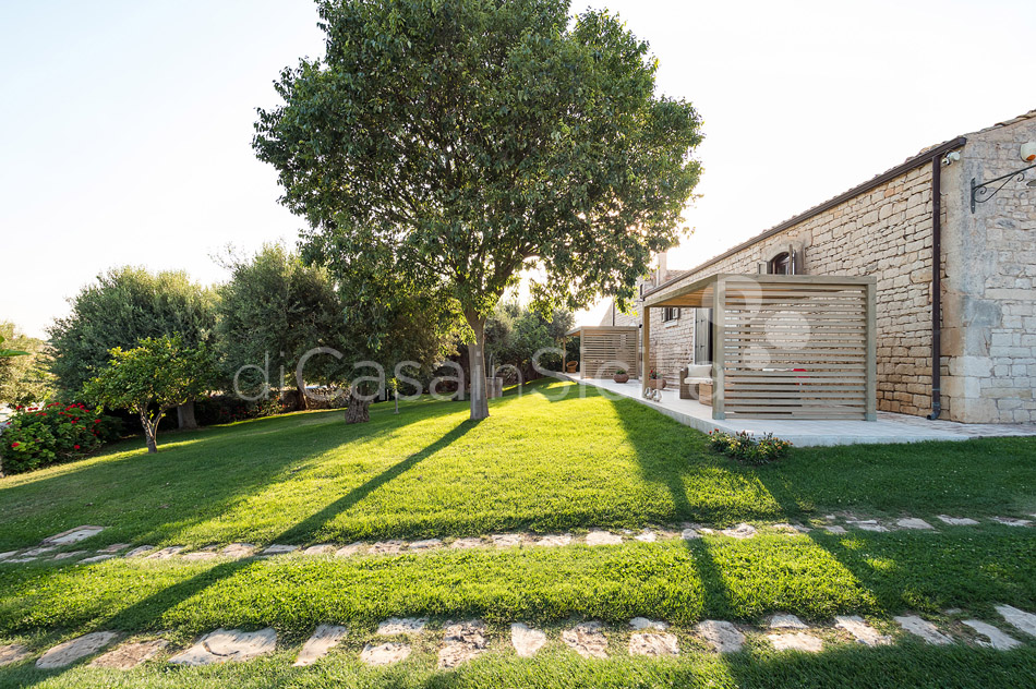 Villa Cava Sicily Villa Rental with Pool in the Countryside Noto - 12