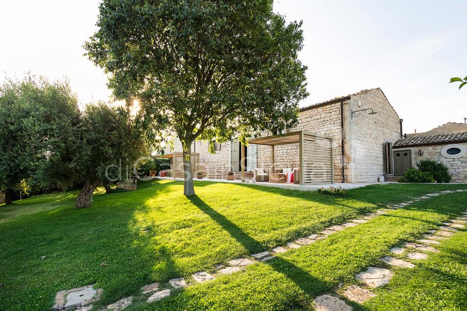 Villa Cava Sicily Villa Rental with Pool in the Countryside Noto - 13