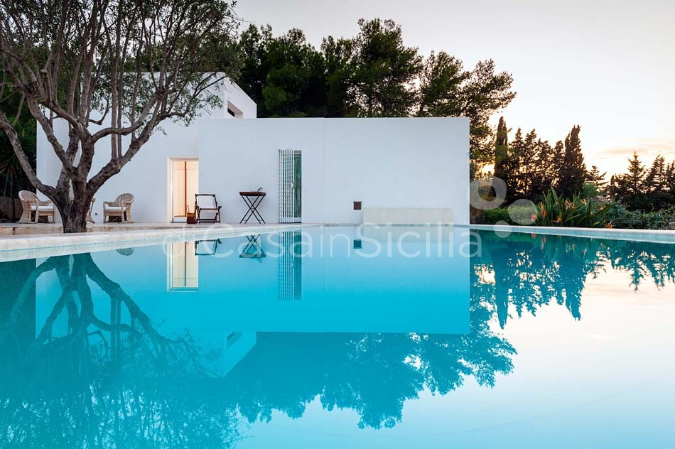 Villa dei Pini Villa with Infinity Pool for rent in Cornino Sicily  - 7
