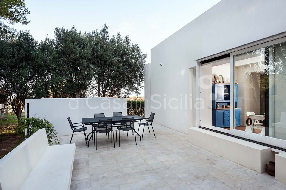 Villa dei Pini Villa with Infinity Pool for rent in Cornino Sicily  - 14