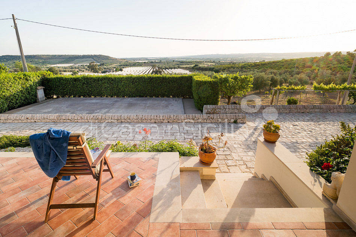 Villa Dora Sicily Villa with Pool with Hot Tub for rent near Noto - 10