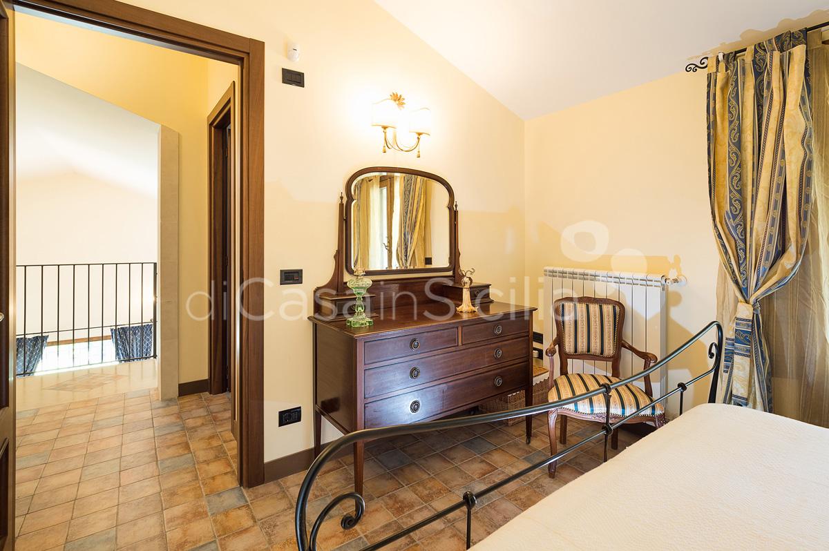 Villa Dora Villa con Piscina con Idromassaggio in affitto Noto Sicilia - 35