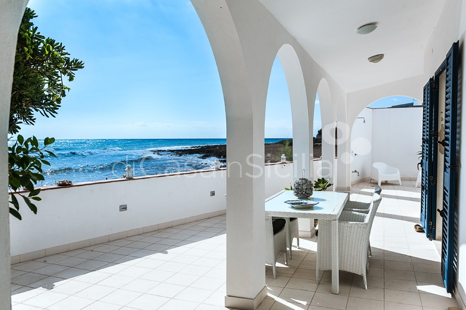 Brezza Marina Seafront Villa for rent near Noto Sicily - 9