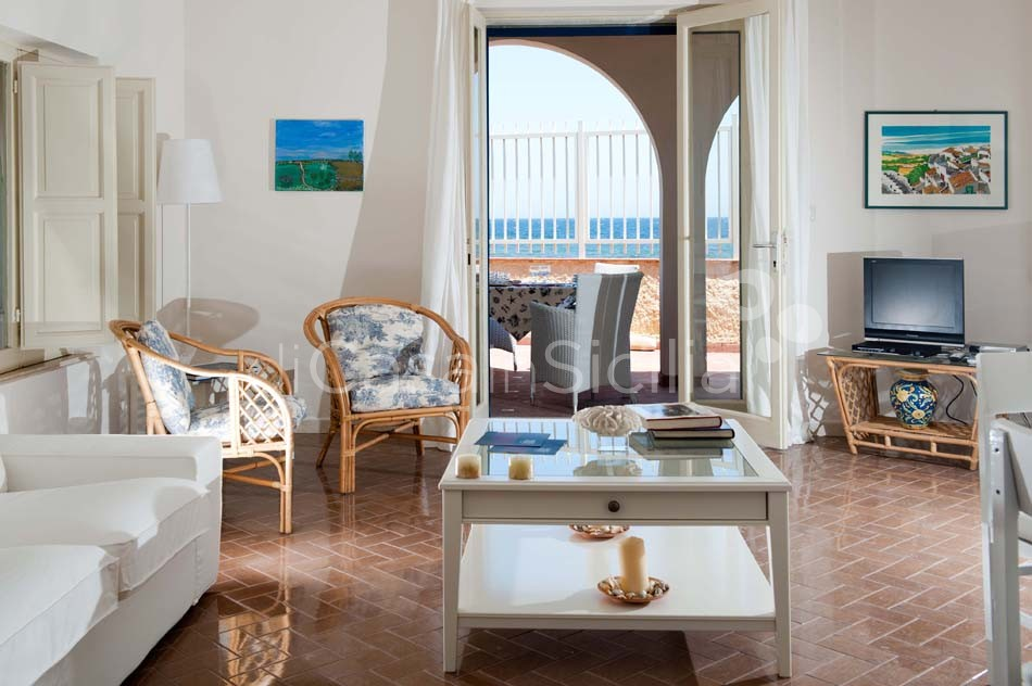 Brezza Marina Seafront Villa for rent near Noto Sicily - 14