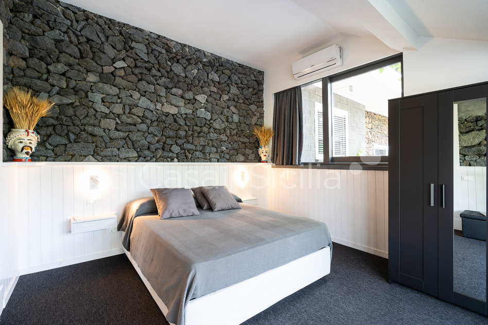 Seafront apartments with pool, Ionian Coast|Di Casa in Sicilia - 17