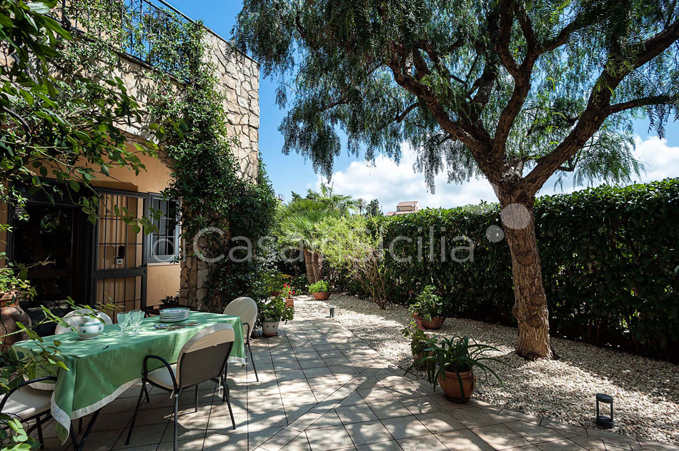 Villa Ghadir Luxury Villa with Pool for rent Messina Sicily - 33