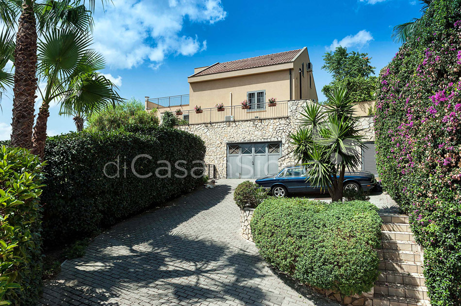Villa Ghadir Luxury Villa with Pool for rent Messina Sicily - 34