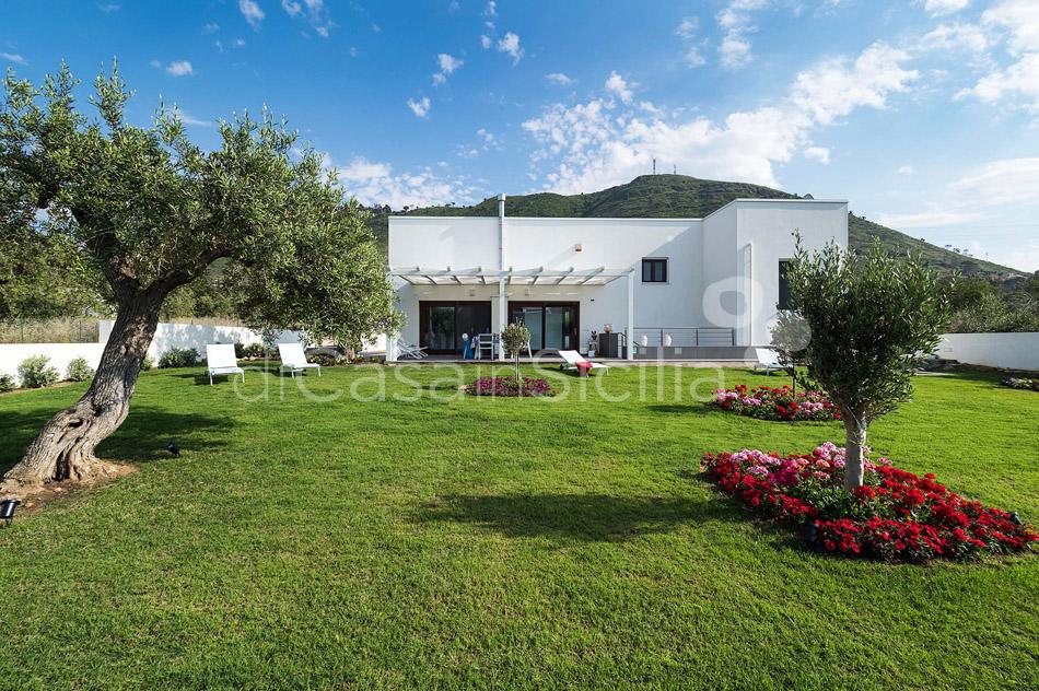 Villa Hera Sizilien Strandvilla mit Direktzugang zum Meer zur Miete Cefalù  - 5