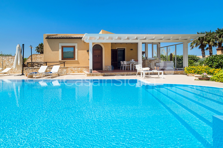 Afrodite Sicily Villa by the sea with Pool for rent in Cornino  - 8