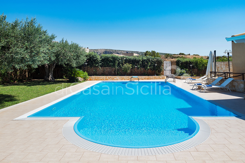 Afrodite Sicily Villa by the sea with Pool for rent in Cornino  - 14