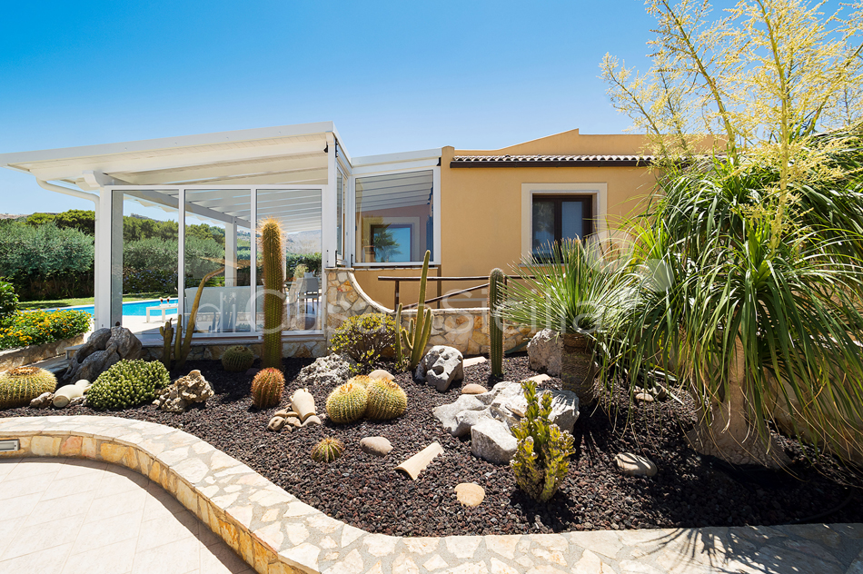 Afrodite Sicily Villa by the sea with Pool for rent in Cornino  - 25