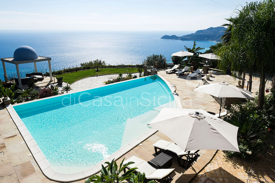 Buena Vista Luxury Seafront Villa with Pool for rent Taormina Sicily - 7