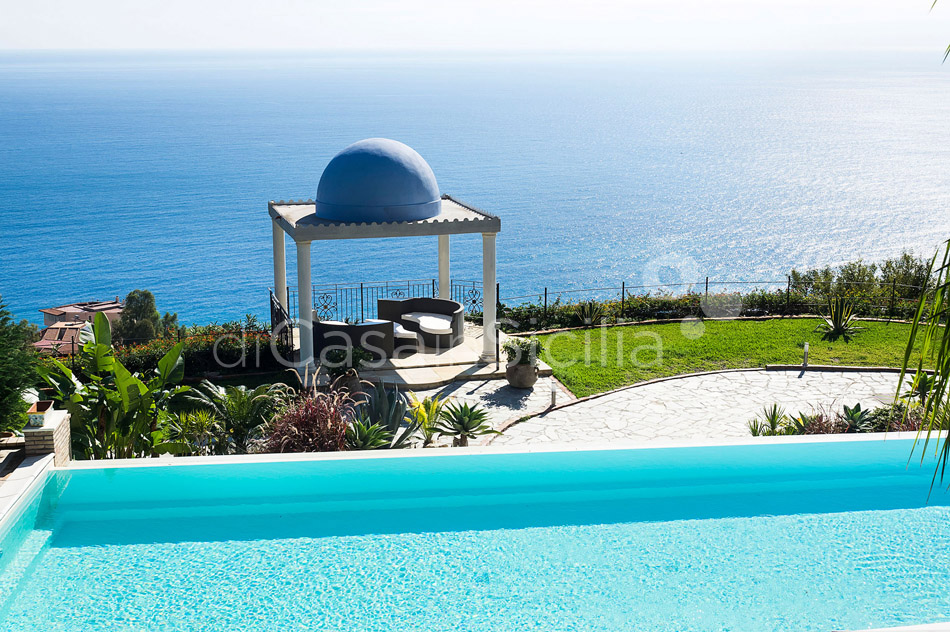 Buena Vista Luxury Seafront Villa with Pool for rent Taormina Sicily - 8