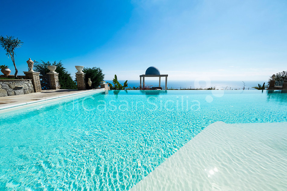 Buena Vista Luxury Seafront Villa with Pool for rent Taormina Sicily - 9