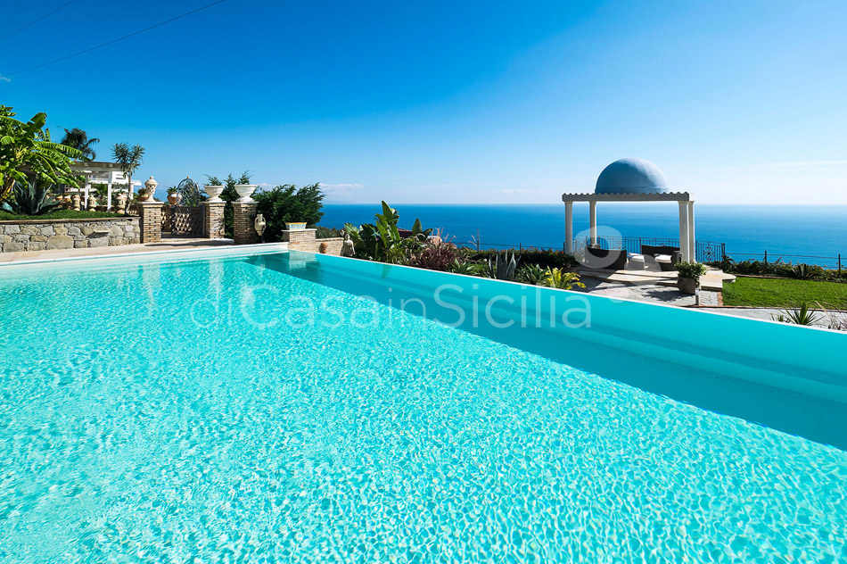 Buena Vista Luxury Seafront Villa with Pool for rent Taormina Sicily - 10