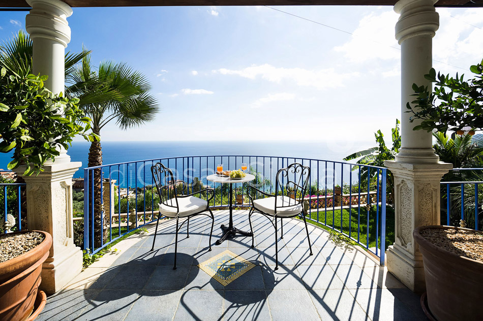 Buena Vista Luxury Seafront Villa with Pool for rent Taormina Sicily - 22