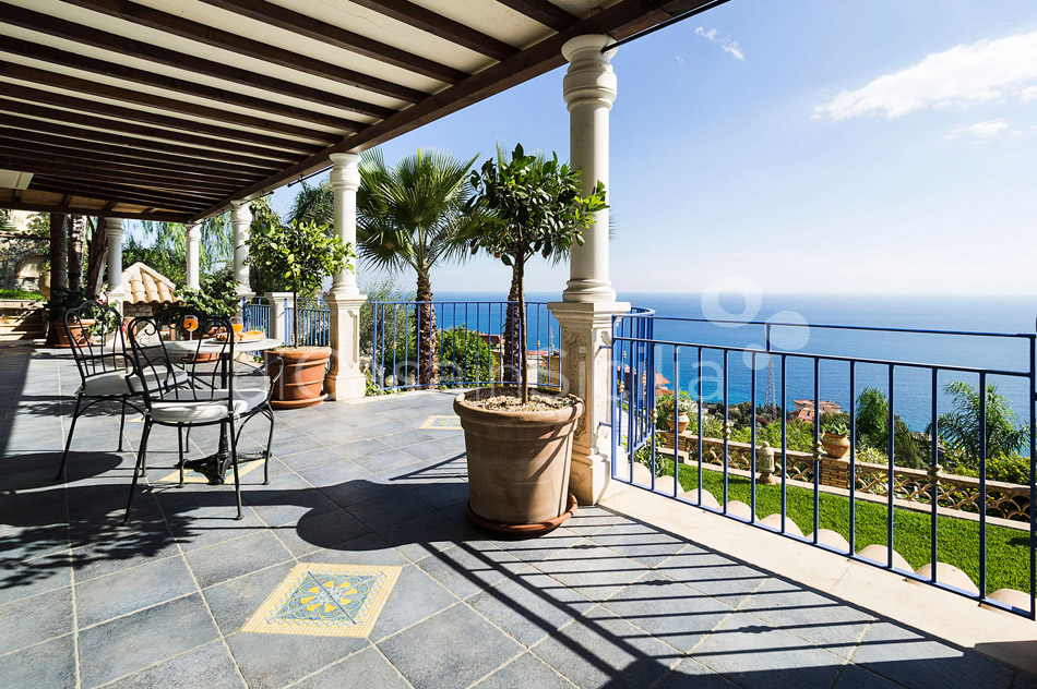 Buena Vista Luxury Seafront Villa with Pool for rent Taormina Sicily - 23