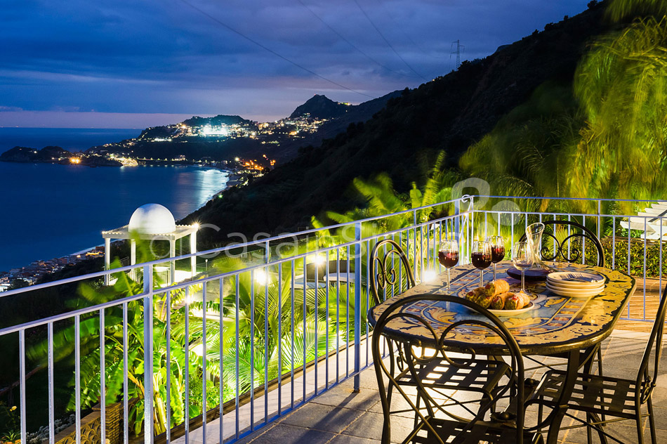 Buena Vista Luxury Seafront Villa with Pool for rent Taormina Sicily - 49