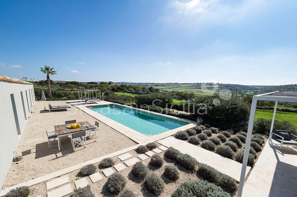 Villa Hybla Sicily Villa Rental with Pool Countryside near Ragusa - 5