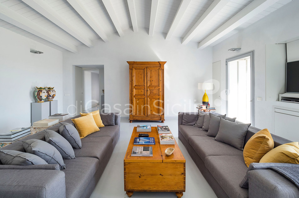 Villa Hybla Sicily Villa Rental with Pool Countryside near Ragusa - 17