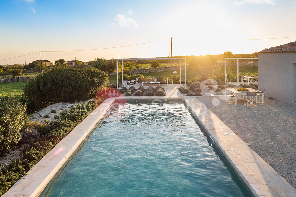 Villa Hybla Sicily Villa Rental with Pool Countryside near Ragusa - 42