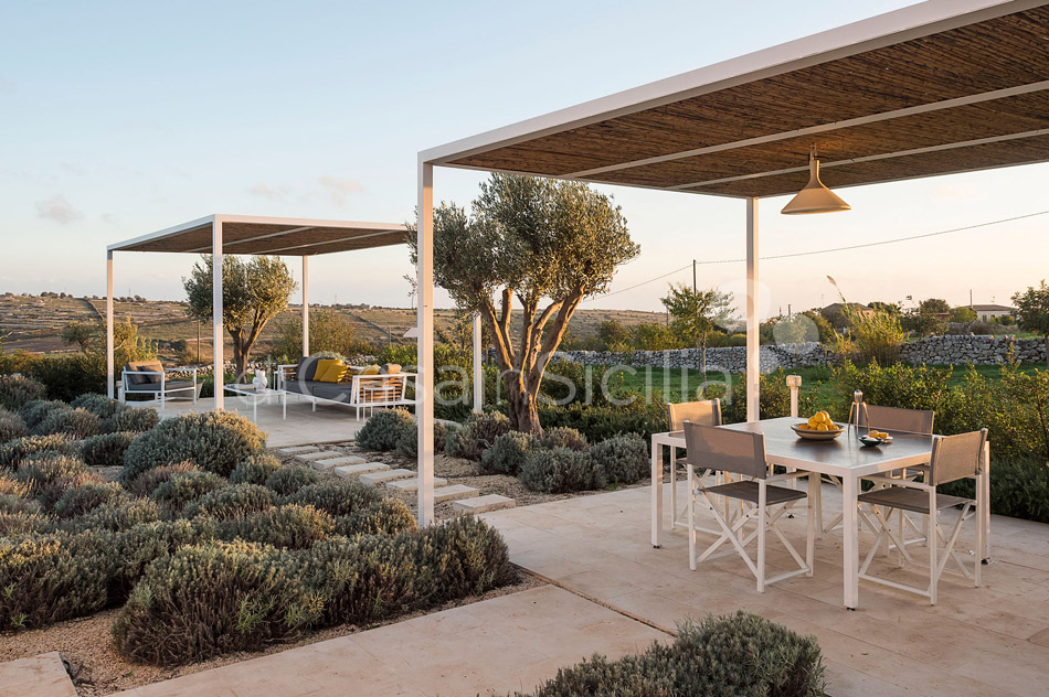 Villa Hybla Sicily Villa Rental with Pool Countryside near Ragusa - 44
